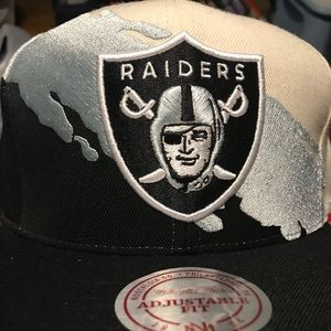 Mitchell   Ness Accessories - Oakland raiders Mitchell Ness Paintbrush  SnapBack d233ab24f585